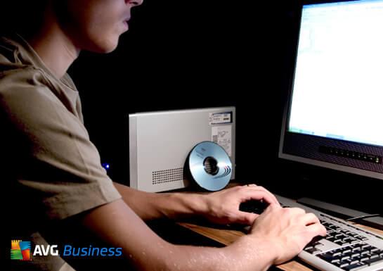 Hackers y piratería