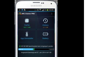 GalaxyS5, polovina mobilního telefonu Samsung, uživatelské rozhraní aplikace AVG Cleaner, 381 x 234px